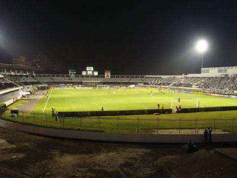 Estádio Moisés Lucarelli3