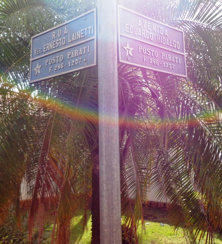 Rua do Estádio Municipal em Uchoa