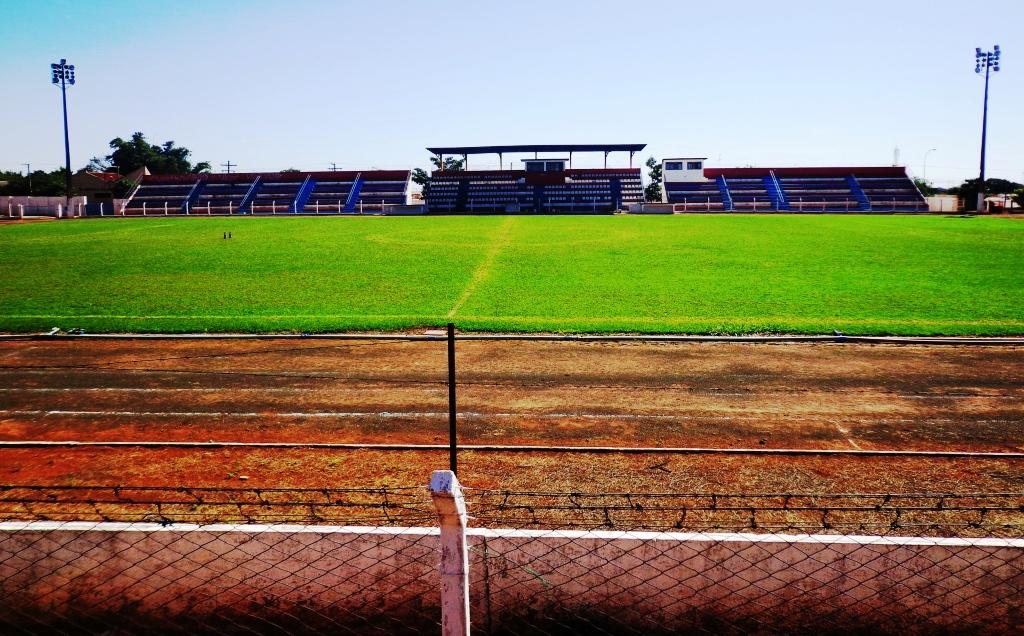 Estádio Municipal Roberto Valle Rollemberg - Jales
