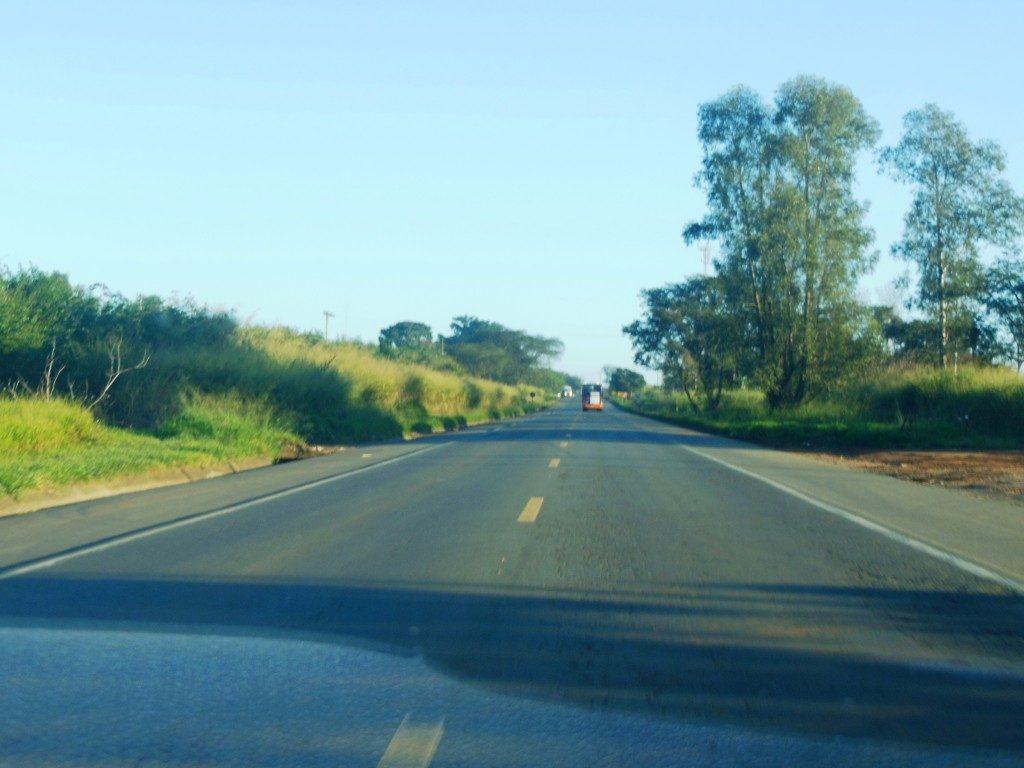 Estrada para Barra Bonita