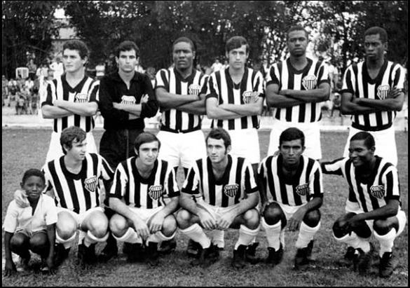Time do Rio Branco de Ibitinga campeão da terceira divisão de 1970