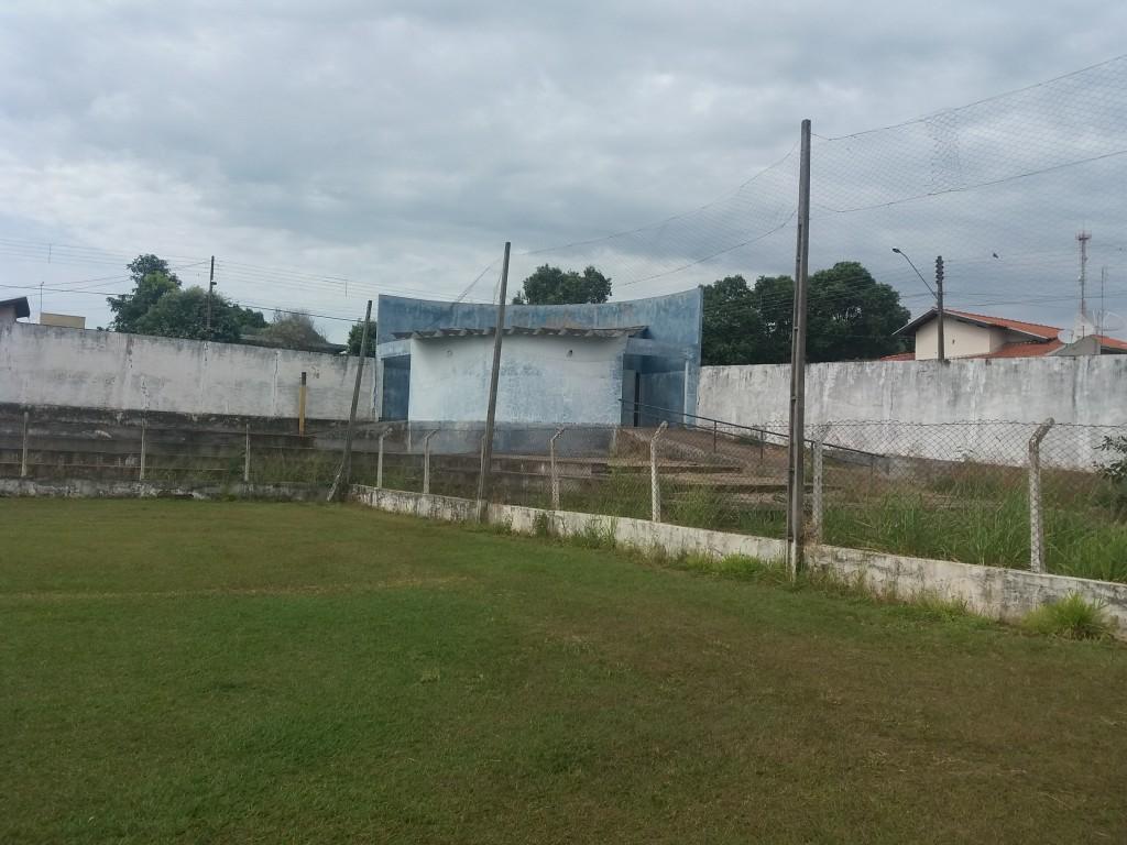 Estádio Municipal José de Freitas Cayres - Lucélia