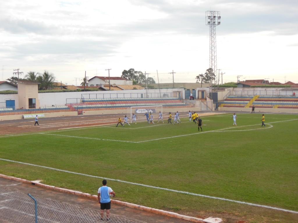 Estádio Municipal Evandro Brembatti Calvoso - Andradina