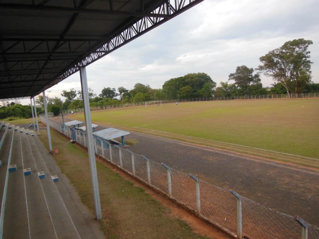 Estádio Municipal Juventino Nogueira Ramos - Guaraçaí