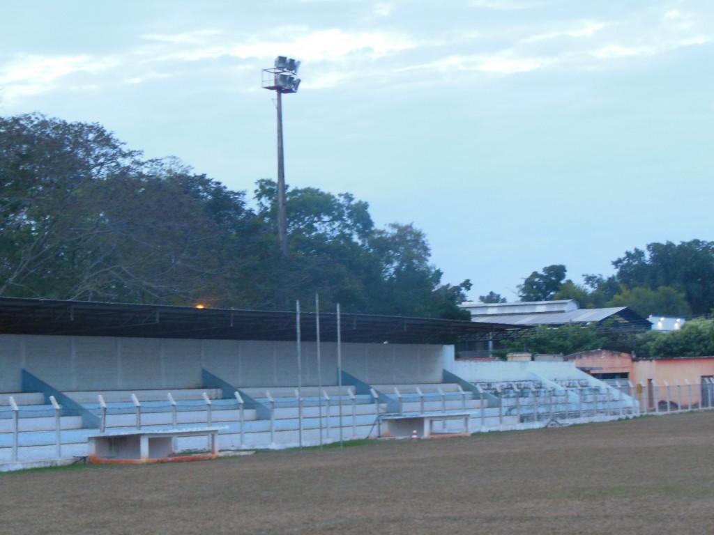 Estádio Municipal Alcino Nogueira de Sylos - Mirandópolis