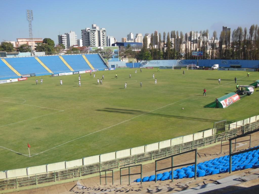 Estadio Engenheiro Joao Guido - Uberaba-MG