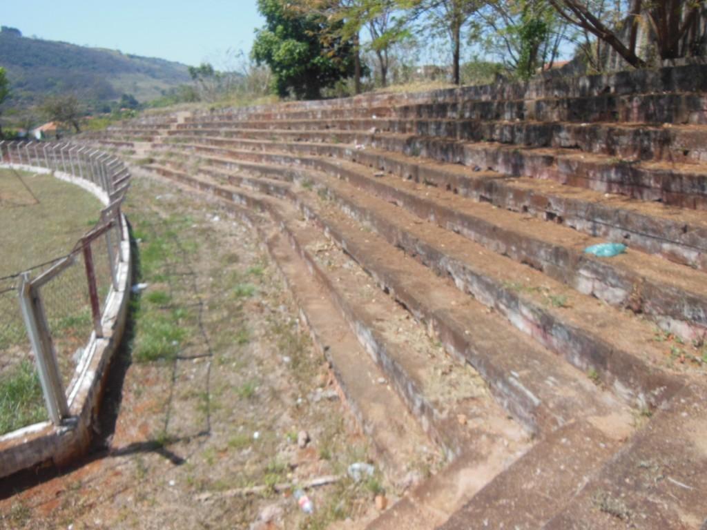 Estádio da Associação Esportiva São Simão - São Simão