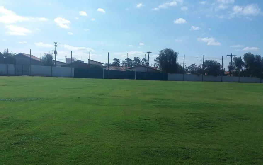 Estádio Municipal Roldão Vieira de Moraes - ADA Associação Desportiva Angatubense - - Angatuba