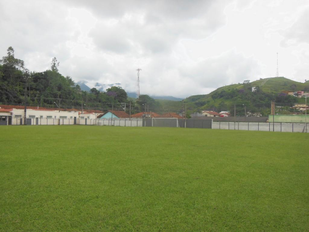 Estádio Fábrica de Pólvora e Explosivos Piquete - Esporte CLube Estrela