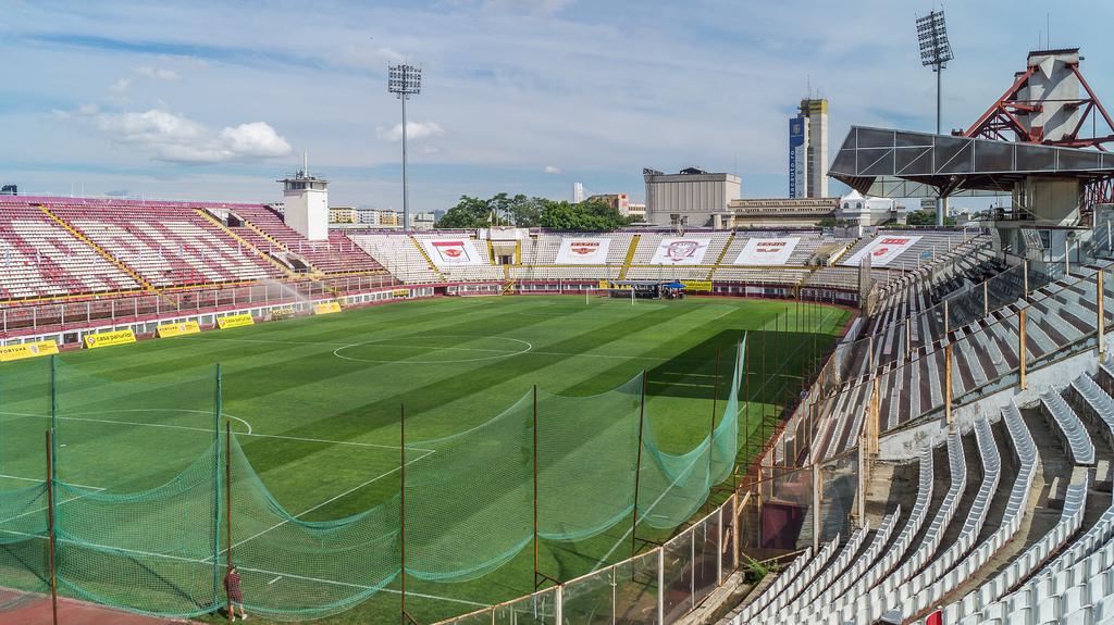 Estádio Giulești-Valentin Stănescu - Rapid Bucareste