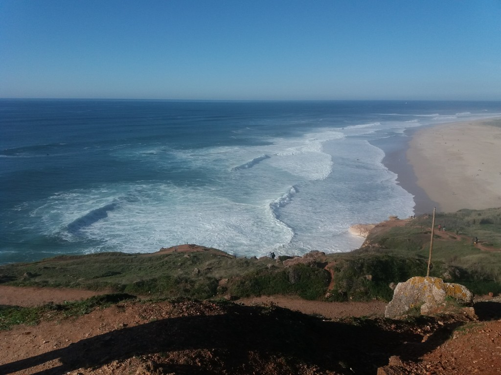 Nazaré e suas ondas gigantes - Portugal