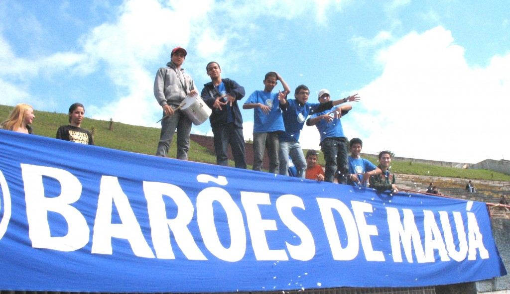 Torcida Barões de Mauá - Estádio Pedro Benedetti - Mauá