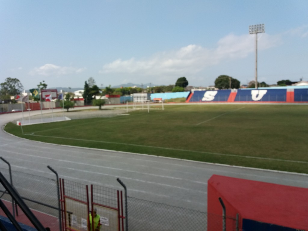 Estádio Municipal Francisco Marques Figueira - Suzano