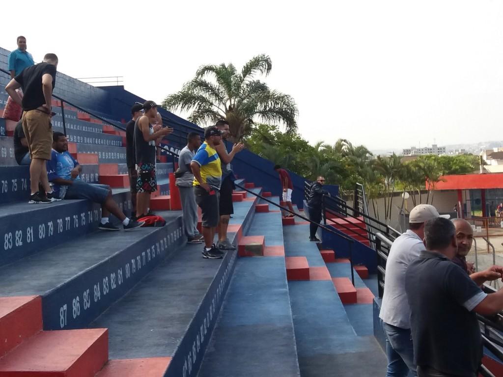 Estádio Municipal Francisco Marques Figueira - Suzano