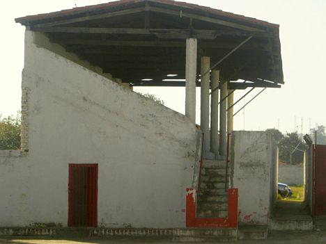 Estádio Antônio Jordão Mercadante - Jacareí / SP. Foto- Orlando Lacanna.jpg