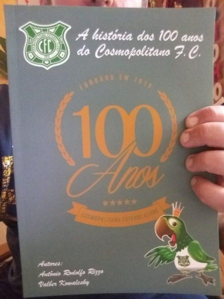Livro 100 anos do Cosmopolitano FC